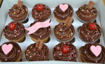 Nikkis Confectionaries Box Of 12 Cupcakes